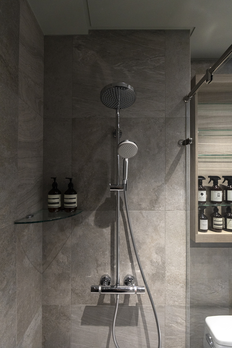 浴室 (2)